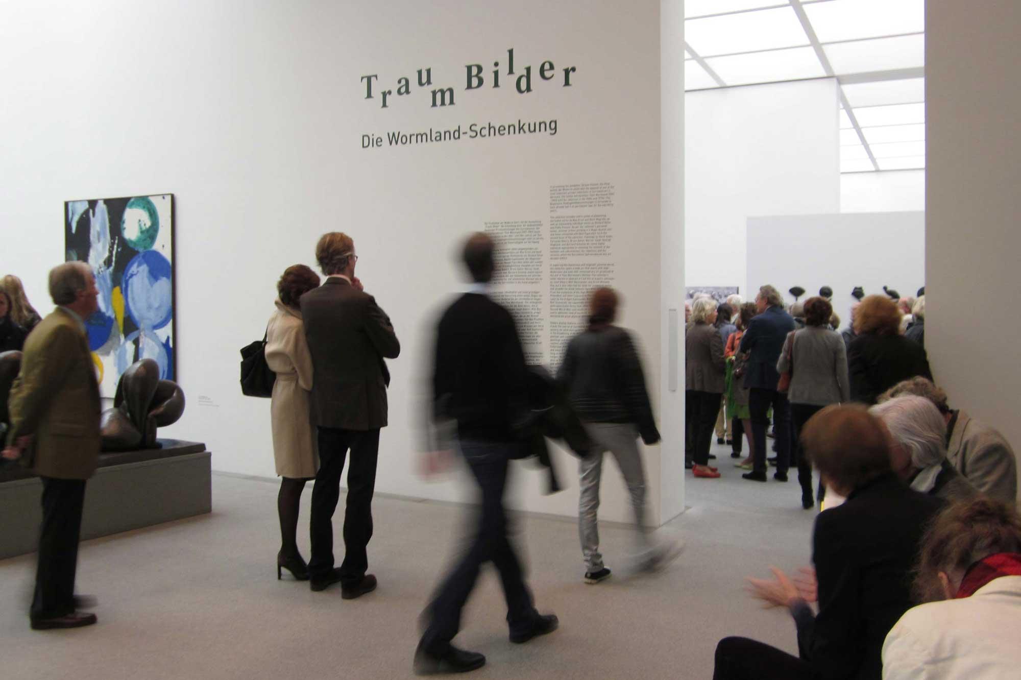 Ausstellungsgestaltung Traum-Bilder Eröffnung