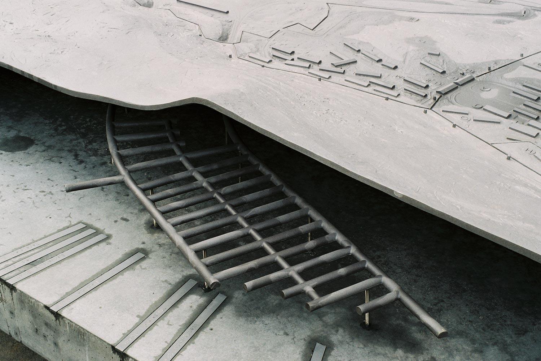 Außenraummodell in der Lern- und Gedenkstätte Mittelbau-Dora, Stollen
