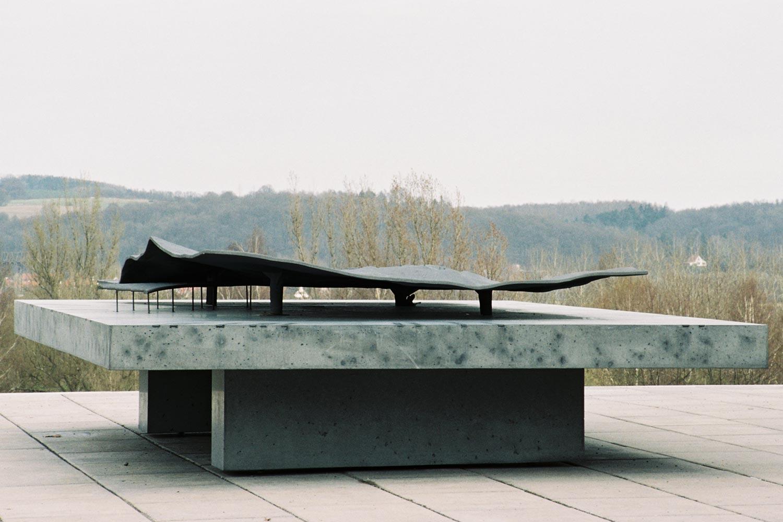 Außenraummodell in der Lern- und Gedenkstätte Mittelbau-Dora, Aufstellung