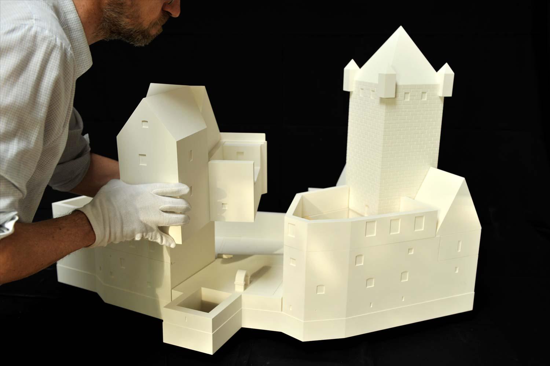 Modulares Modell zur baugeschichtlichen Entwicklung der Burg Prunn
