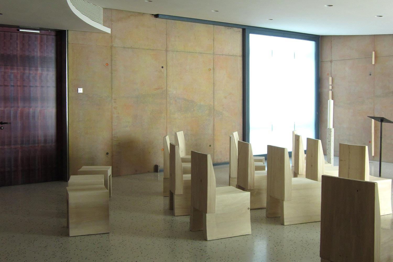 Bestuhlung der Kunst am Bau Andachtsraum