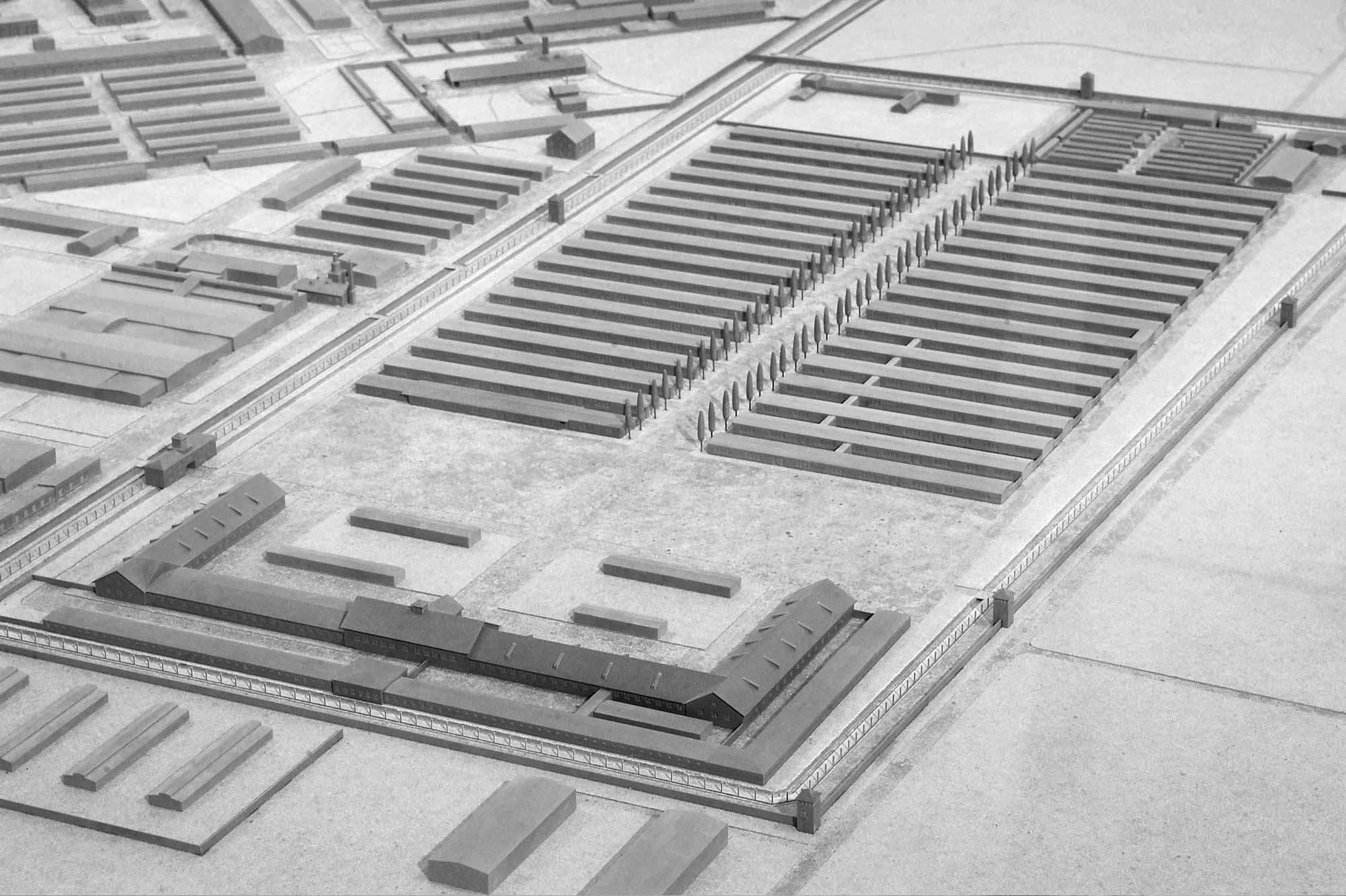 Modell KZ Dachau, Bunkerhof und Bunker